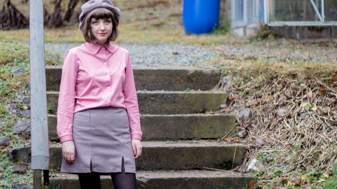 Den hundtandsmönstrade kjolen och baskern