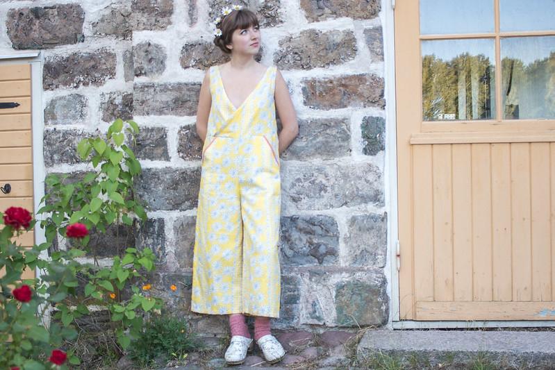 Sypeppen Juli 2018: Den blommiga byxdressen